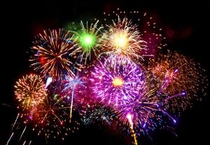 Happy And Safe 4th Of July…. Beautiful-colourful-fireworks-nice-photography-favim-com-145235