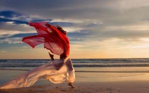 Express Yourself Gracefully… Beach-beautiful-beauty-breeze-clouds-color-favim-com-37912