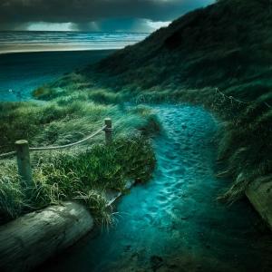 The solitary journey… Beach-summer-sea-holiday-beautiful-favim-com-468591