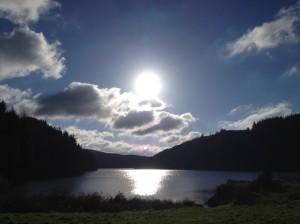 Llyn-Brianne-Black-Sun-871x653